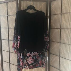 Black and floral dress size M